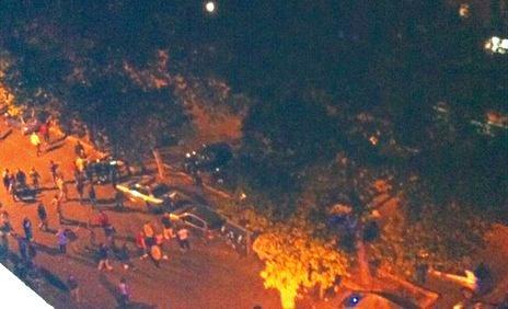Immigrati: seconda notte di scontri a Roma, cariche della polizia sui residenti