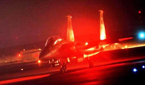 Israele attacca aeroporto di Damasco, F-15 distruggono armi destinate a Hezbollah