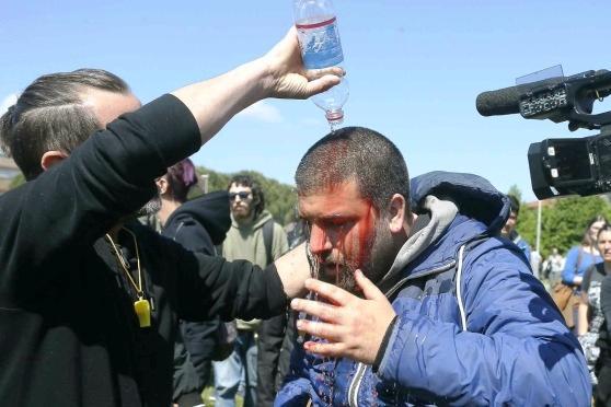Internet day, scontri al Cnr di Pisa: cariche della polizia e feriti