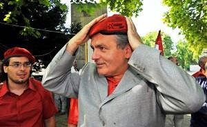 Dilemma irrisolvibile per la Sinistra europea: perché i comunisti ungheresi appoggiano Orban sull'immigrazione?