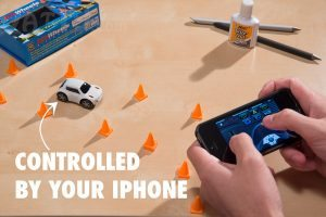 zenwheels-tiny-remote-control-car-iphone