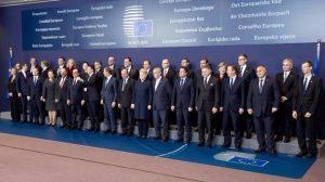 """L'Ue minaccia Ungheria e Polonia: """"O accettate di farvi invadere o siete fuori"""""""