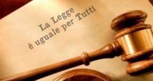 legge uguale