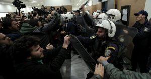 Grecia proteste case pignorate